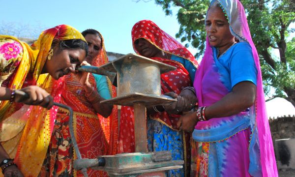Total 960 Hand Pump Mechanics including 49 women trained for looking after 10,000 hand pumps in Rajasthan State