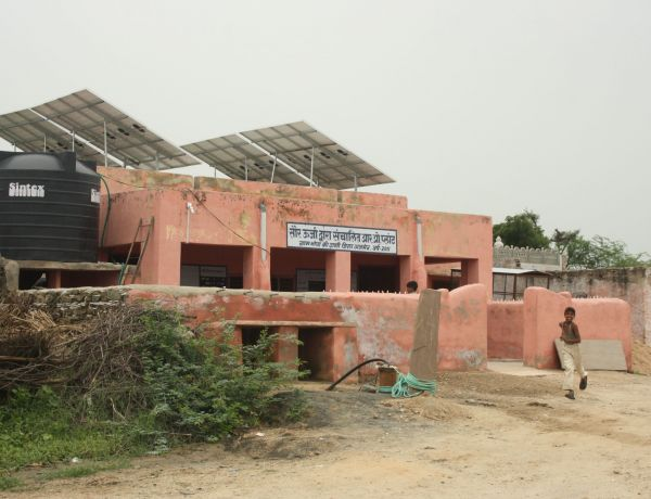 Installed Solar Operated Reverse Osmosis Plants providing sweet drinking water in 6 Villages to 10,000 people in Salt Lake Area of Rajasthan